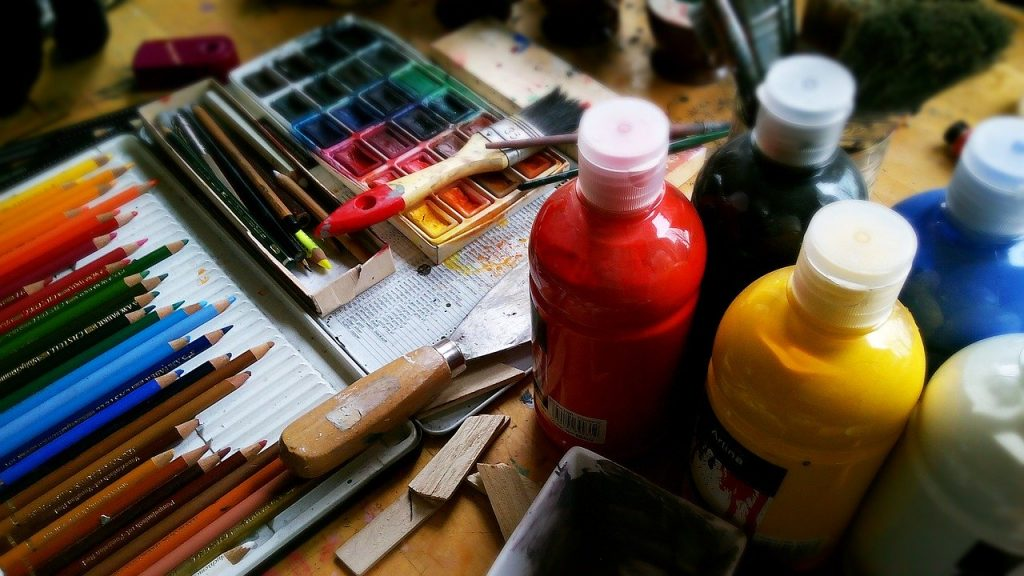 painting art supplies